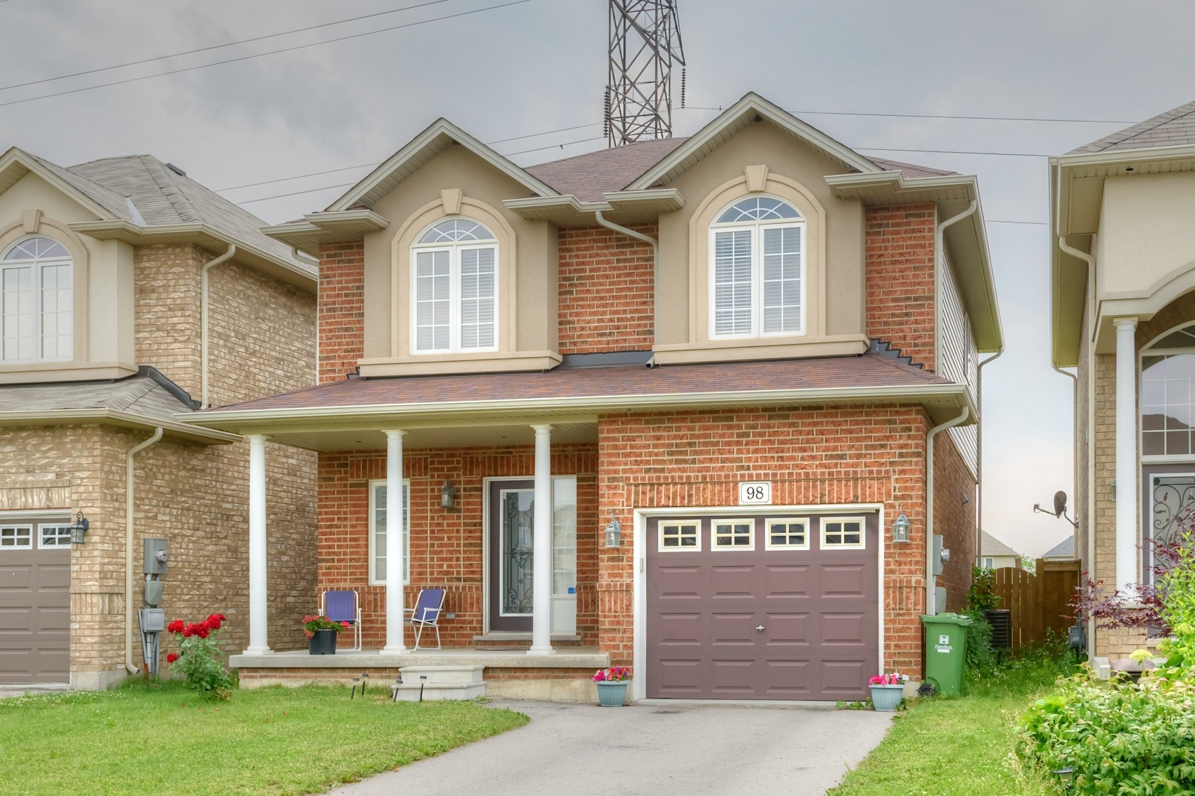 98 Irwin Ave, Ancaster
