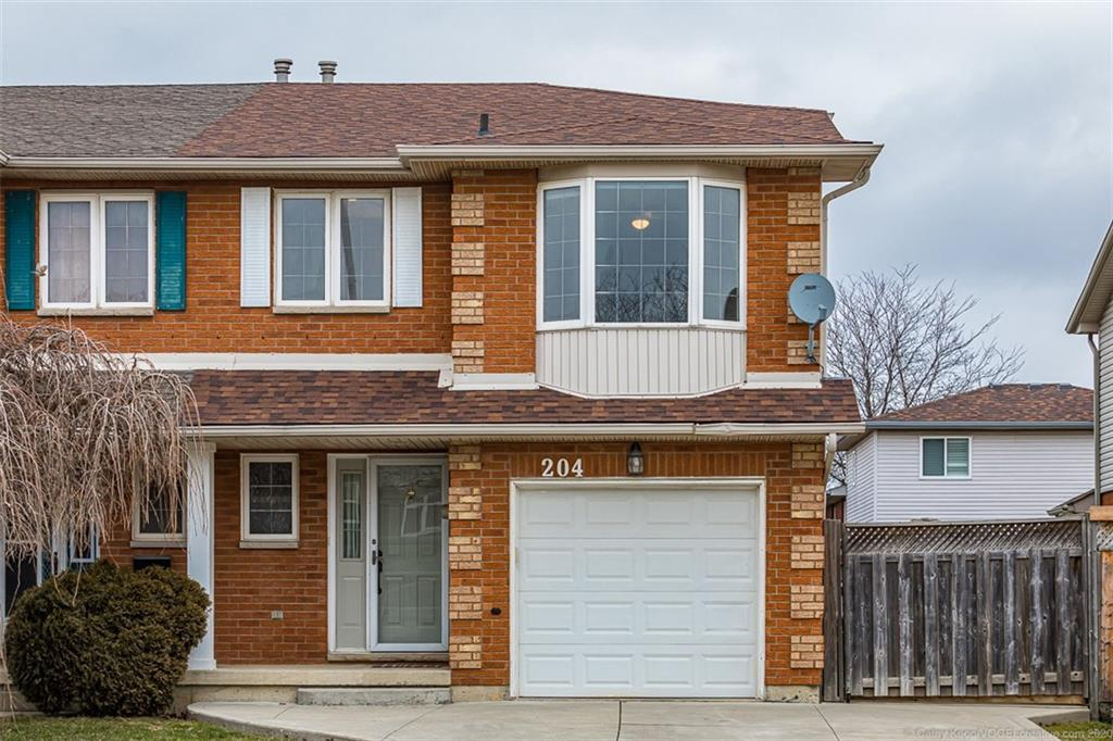 204 Candlewood Dr $524,900